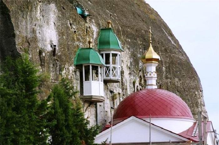 Климентовский пещерный храм. Пещерные звонницы