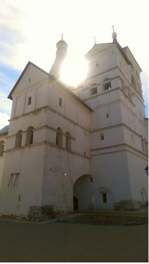 Серпуховской Владычний женский монастырь снизу