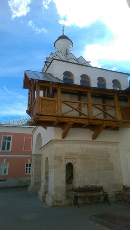 серпуховской Владычний женский монастырь сбоку2